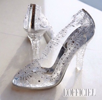 shoes chompoo lofficial wedding fashion style glasses glasses shoes ring glass shoes cinderella cinderella shoe wedding shoes high heels cute high heels aqua high heels thailand limited edition limitededition instagram follow my instagram