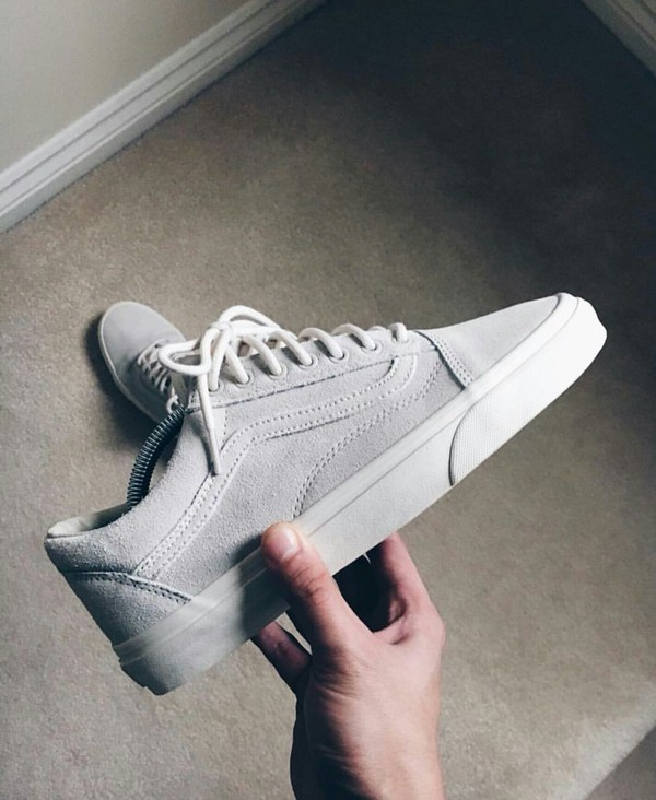 Vans Old Skool Trainers Frost Grey Suede Exclusive - Unisex Sports a37a0f84e9b5