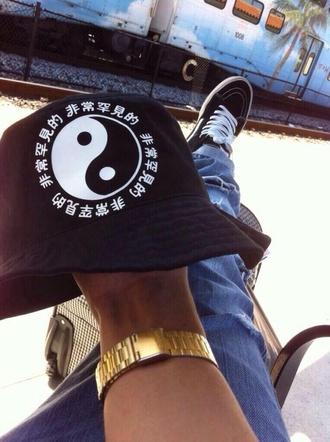 hat bucket hat black hat yin yang japanese blackhat nike teenagers black and white asian black