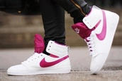 shoes,nike,nike shoes,pink and white,nike sneakers,white,pink,gym,high top sneakers,sneakers,girly,cute,pretty in pink,cool,high,high tips,tips