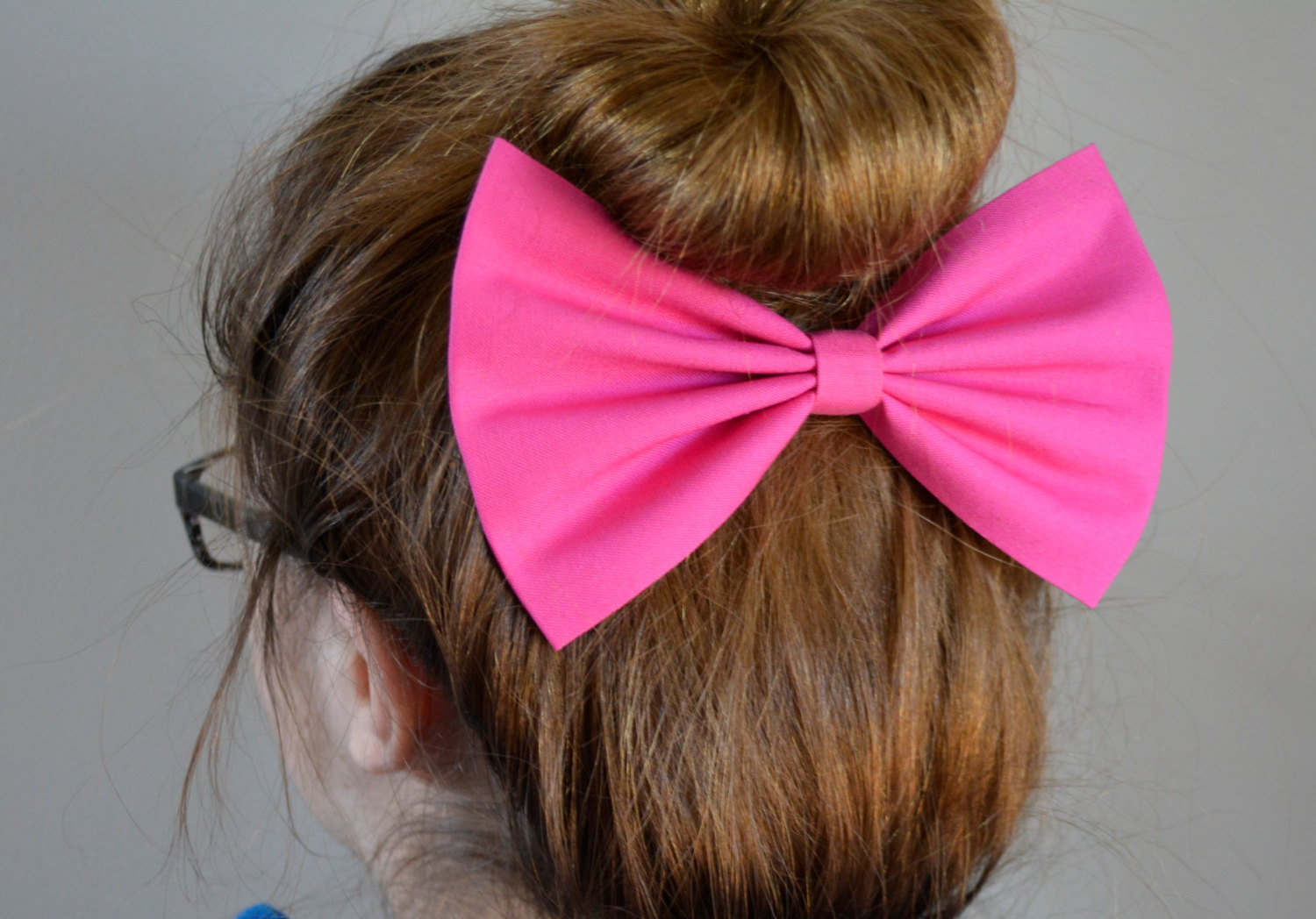 Hair Bows The Hair Bow Company has a huge selection of hair bows in classic and oversized sizes, as well as our popular cheer bows and team color bows! We .