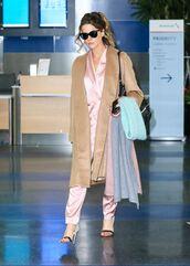 pants,blazer,suit,sandals,kate beckinsale,camel,camel coat,coat