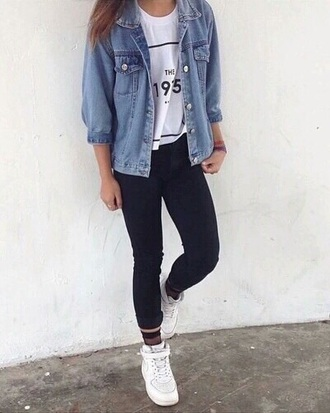 t-shirt black denim jacket jacket denim sneakers the 1975 pretty white jeans leggings shoes athleisure blue jeans jacket