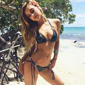 swimwear bikini bikini top bikini bottoms alexis ren summer beach model