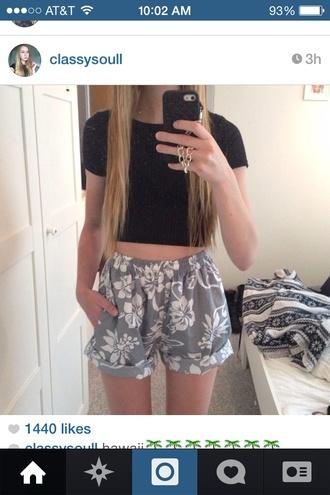 shorts blue shorts floral blue grey print beach beach bum grey shorts classy hawaiian hawaii hawaiian print