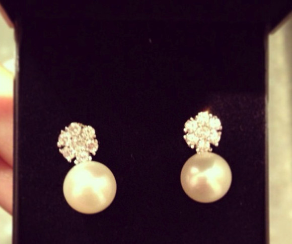 jewels pearl earrings stone stone earrings classic earrings pearlearrings