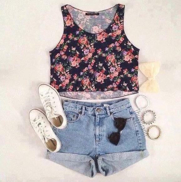 scarf shoes t-shirt shorts sunglasses roses floral crop top cute vans grey blouse tank top shirt summer outfits top floral tank top floral crop tops short nice hot