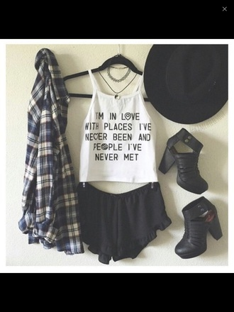 top choker necklace grunge tumblr top jewels shoes t-shirt white t-shirt john green paper towns shirt blouse shorts black heels boots flannel blue hat tank top cardigan outfit coat white tank top