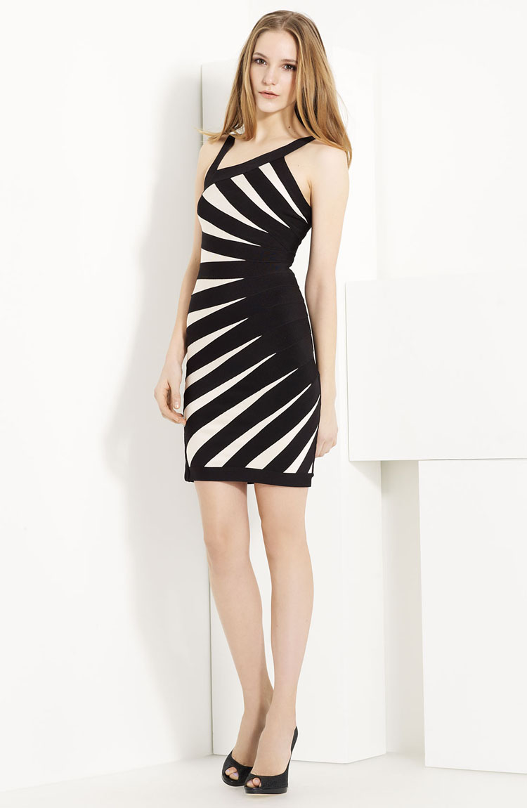 Aimee Contrast-Banded Dress H181H $99