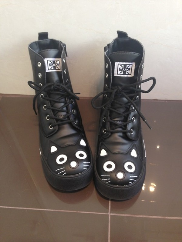 shoes cats boots cats clothes clothes booties girl fashion cats black white kawaii cat shoes pastel goth goth cats combat boots style dope
