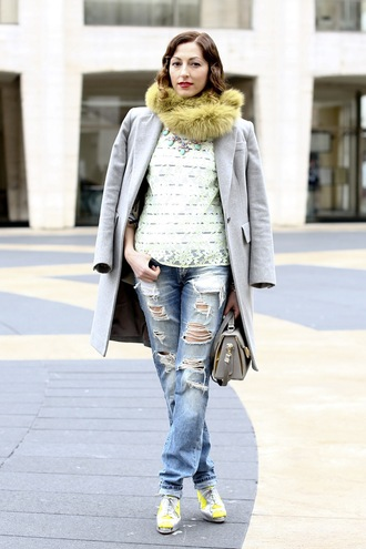 jeans white shirt grey blazer distressed denim jeans yellow sneakers fur scarf blogger