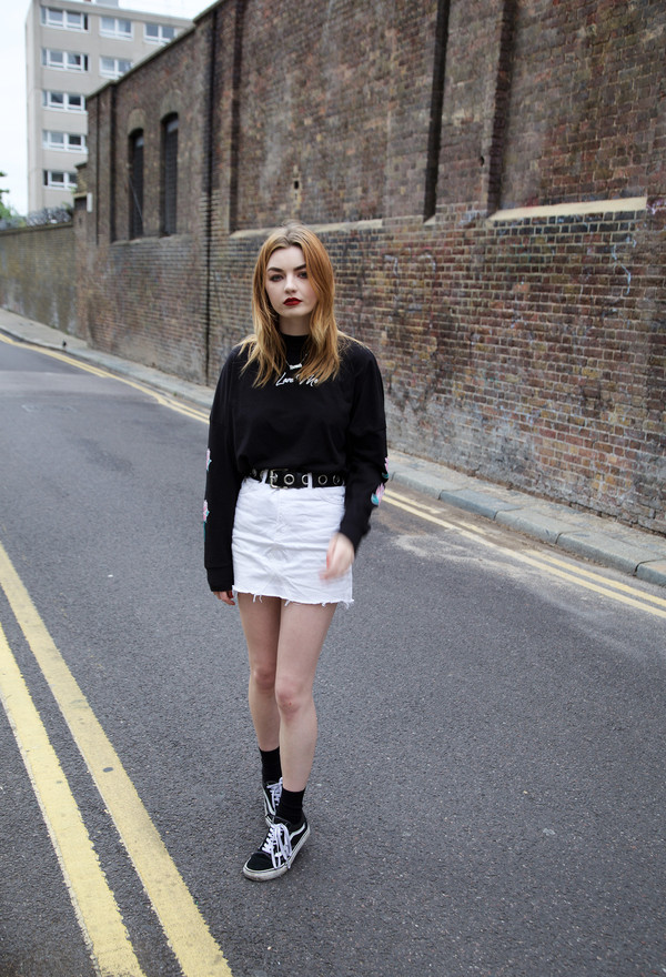 top tumblr black top sweatshirt skirt mini skirt white skirt denim denim skirt sneakers black sneakers vans shoes sweater blogger blogger style