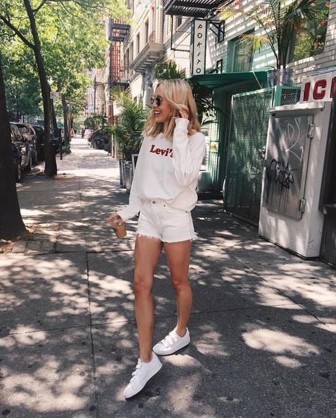 shorts levi's white
