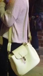 bag,handbag,ivory,white,crossbody bag,leather,shoulder bag
