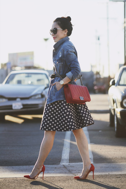 hallie daily blogger dress sunglasses belt red heels polka dots denim jacket red bag