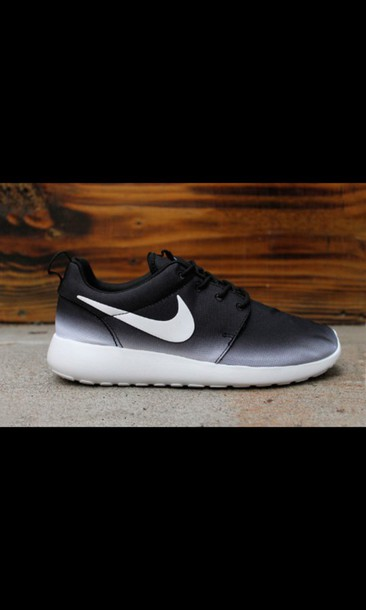 shoes nike nike running shoes nike shoes roshe runs gradient ombre nike roshe run roshes black and white