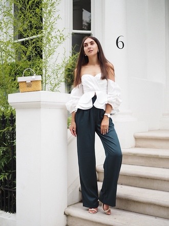 top green pants tumblr white top off the shoulder off the shoulder top pants wide-leg pants bag puffed sleeves