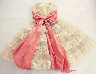 dress ruffle vintage lace white strapless grey pink bow black backpack back bow light light blue blue/indigo cute bows pretty cute dress