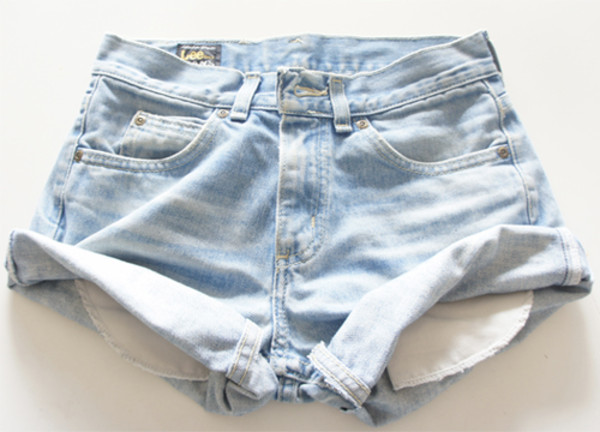 shorts denim shorts denim shorts denim High waisted shorts High waisted shorts jeans jeans blue shorts denim shorts light blue high waisted denim shorts high waisted jeans blue short tumblr girl fashion high waisted light hot summer denim shorts white ripped ripped shorts style summer outfits outfit summer outfits light color shorts summer outfits