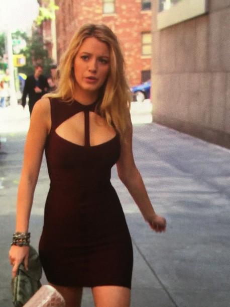 Dress Gossip Girl Serena Van Der Woodsen Maroon