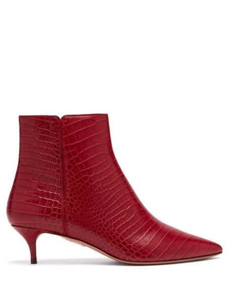 Aquazzura - Editor 45 Crocodile Effect Leather Ankle Boots - Womens - Red