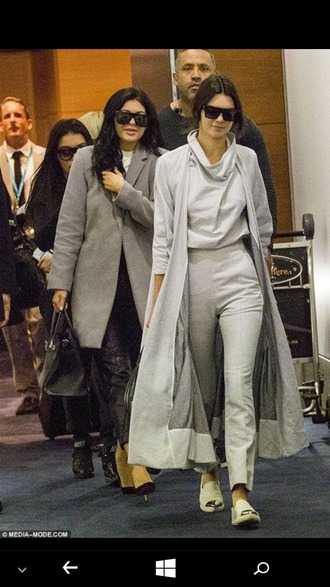 coat all grey everything grey long coat grey pants high waisted chanel espadrilles kendall and kylie jenner kendall jenner kylie jenner black heels leather pants grey coat white shirt black bag