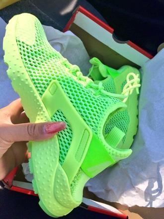 shoes huarache neon green green sneakers nike sneakers