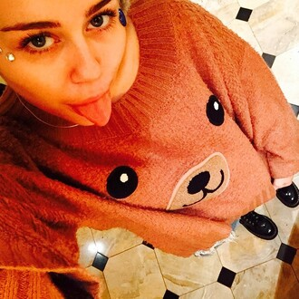 sweater miley cyrus christmas jewels