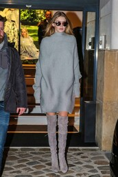 dress,sweater dress,oversized sweater,oversized,grey,fall outfits,fall sweater,gigi hadid,streetstyle,fashion week 2016,boots,over the knee boots,sunglasses,winter outfits