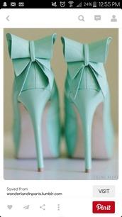 shoes,tiffany blue,heels,pumps,high heels,blue,bows,bow shoes