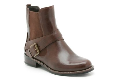 Marvelous day in ebony leather from clarks shoes