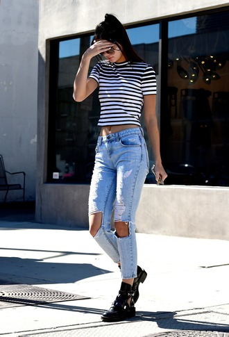 jeans ripped jeans kendall jenner keeping up with the kardashians black shoes casual