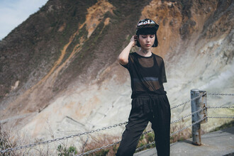 samantha mariko blogger pants underwear hat sunglasses shoes jewels see through black top bra black bra black pants