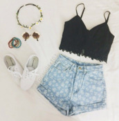 hair accessory,sunglasses,blouse,headband,top,shorts,glasses