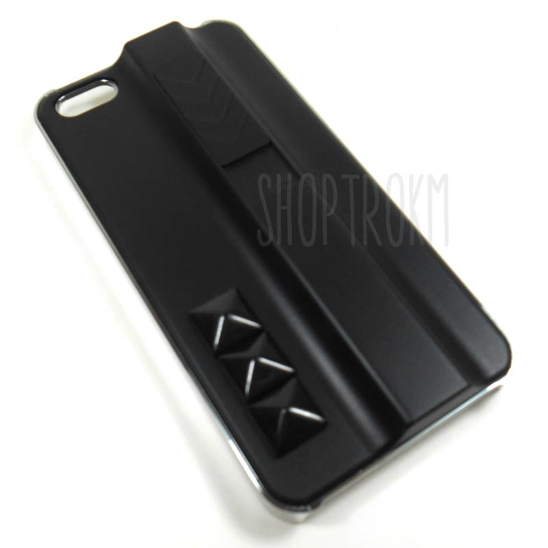 Light It Up Black Cover Case For The iPhone 5 5S With Built In Lighter Torch And Studs