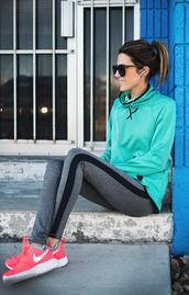 hello fashion,blogger,sportswear,sports pants,nike running shoes,sweater,leggings,socks,sunglasses,shoes,workout leggings,grey leggings,blue top