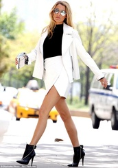 skirt,blake lively,white skirt,sunglasses,black shirt,white jacket,black ankle boots,coat,shoes
