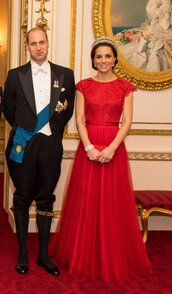 dress,gown,red dress,red,kate middleton