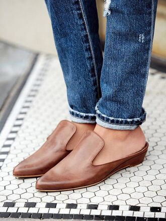 shoes leather flats leather shoes brown leather shoes loafers pointed toe office outfits