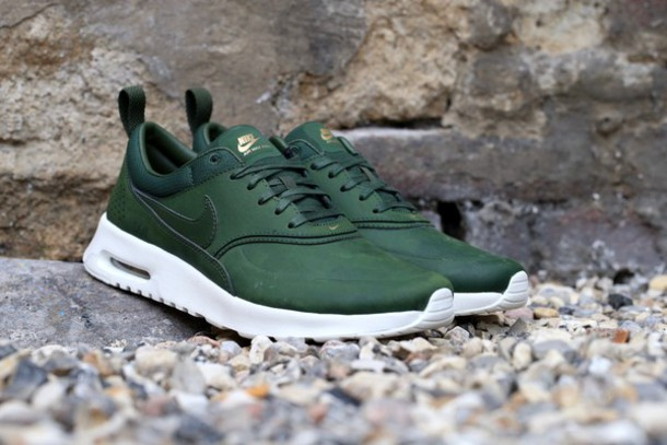 newest collection 50478 fe671 shoes carbon green air max nike sneakers nike air max thea green sneakers