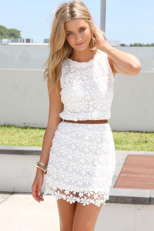 Фото девушек в платье белом
