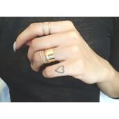 jewels,ring,gold,jewelry,nails,nail polish