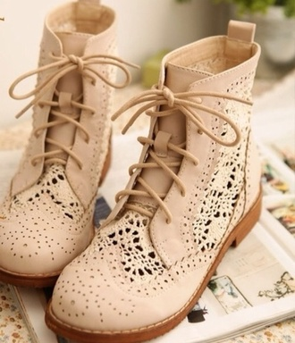 shoes blondes boots indian boots beige shoes nude nude boots