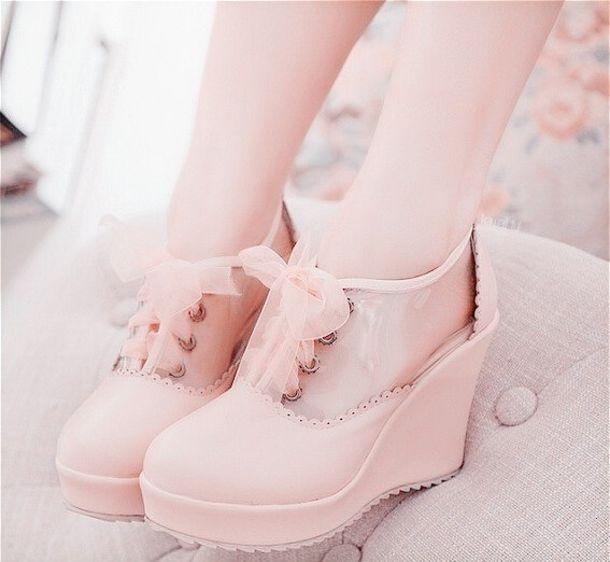 ピンクのハイヒール