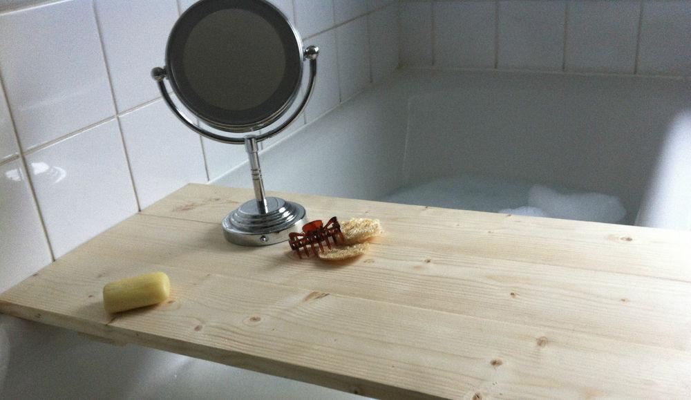 **LIMITED EDITION** XL Classic Wooden Bath Caddy, Walter&Finch