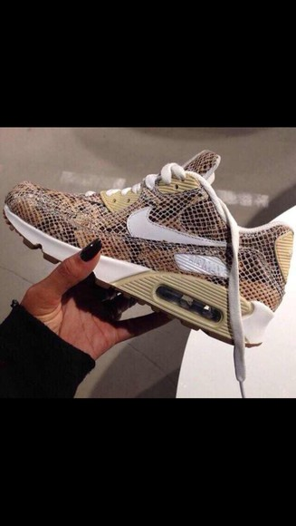 retro nike sneakers funky air max snake skin print classic