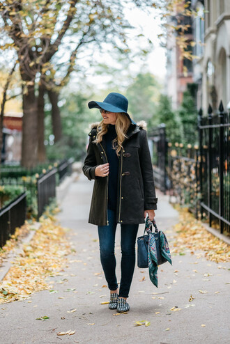 bows&sequins blogger jeans shoes bag sunglasses scarf hat felt hat fall outfits handbag gucci shoes loafers skinny jeans