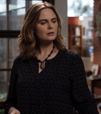 blouse v neck bones tv show emily deschanel dr. temperance brennan