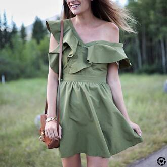 dress green dress tumblr mini dress ruffle bag brown bag