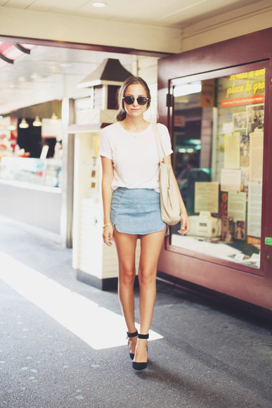 skirt slit skirt denim skirt fashion blogger snakes nest bethany struble casual look a line skirt shoes t-shirt bag sunglasses